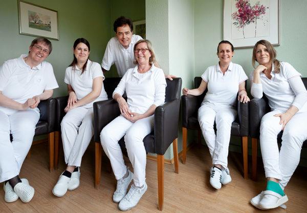 Zahnarzt Dr. Born und sein Team